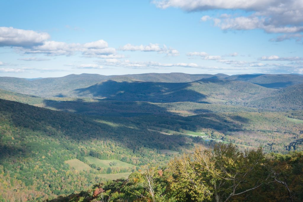 breathtaking mountaintop view in the catskills